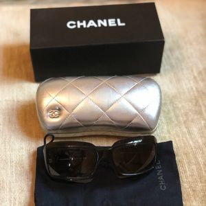 Chanel glasses brown with white CC logo